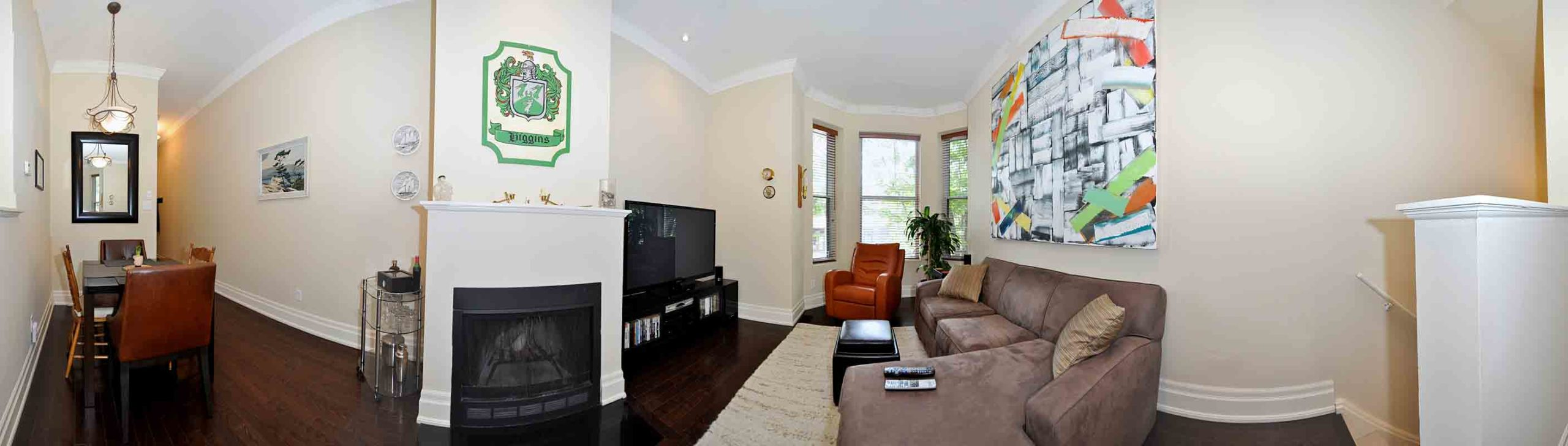 360_dundas_street_east_MLS_HID808873_ROOMlivingdiningrooms