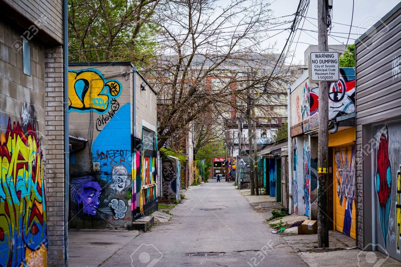 57617295-graffiti-in-an-alley-in-west-queen-west-in-toronto-ontario-