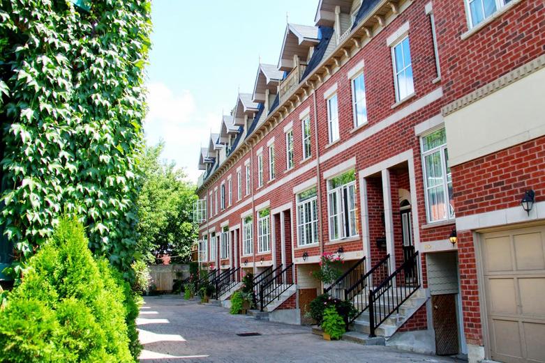 Cabbagetown-Brick-Homes