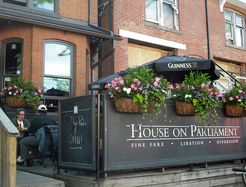 house-on-parliament-cabbagetown-toronto