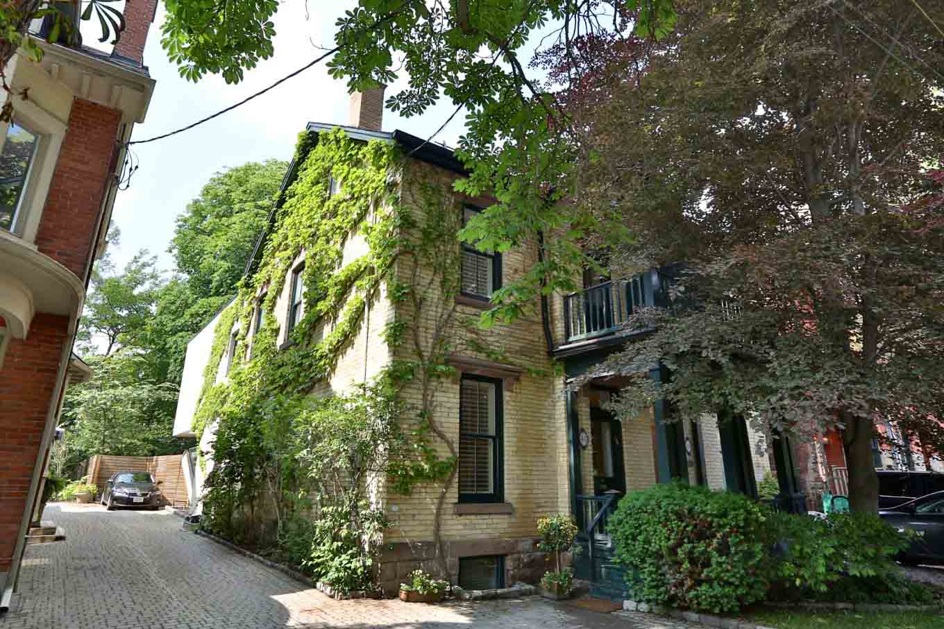 toronto-house-for-sale-48-boswell-avenue-1